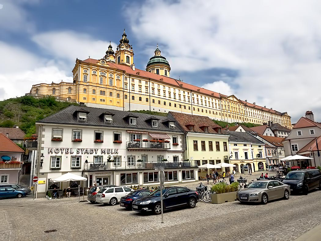 Melk Abbey, which sits on a rocky promontory above the town of Melk, was founded in 1089 when King Leopold II of Austria donated the land to Benedictine monks